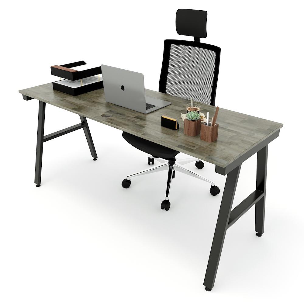 Mẫu bàn làm việc kích thước lớn chân sắt chữ A