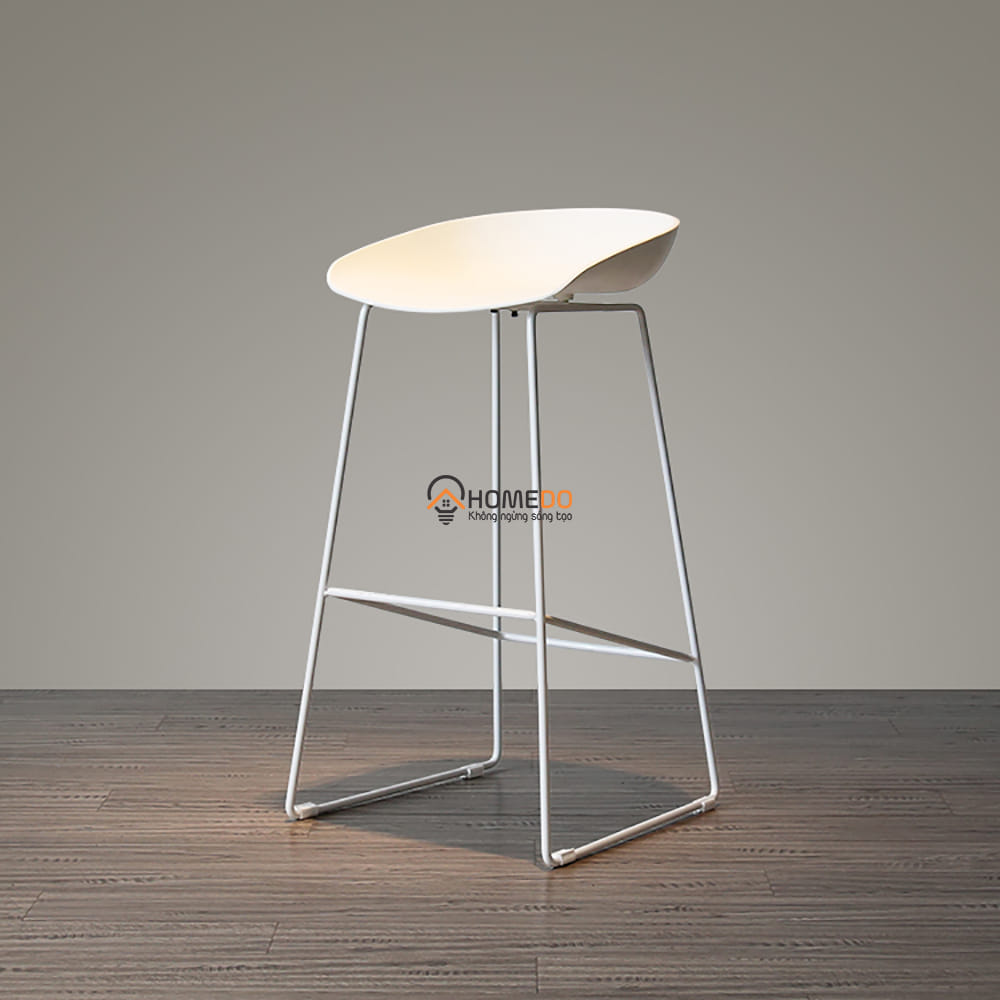 Ghế bar mặt ghế nhựa chân sắt